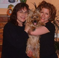 Wilbur's Family - Linda and Estelle